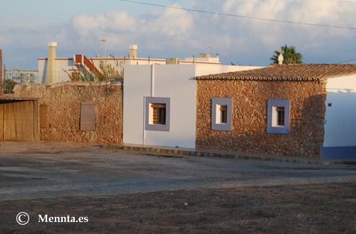 Sant Jordi casa y ventana