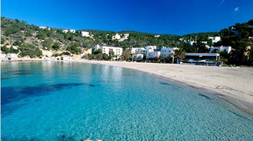 Cinco motivos para visitar Ibiza