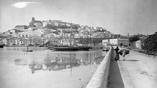 Aparece una colección de fotografías tomadas en Eivissa a principios del siglo XX