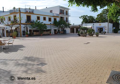 plaza-santa-gertrudis-2