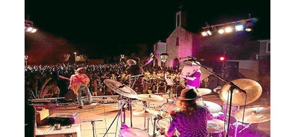 Música en las plazas de Formentera
