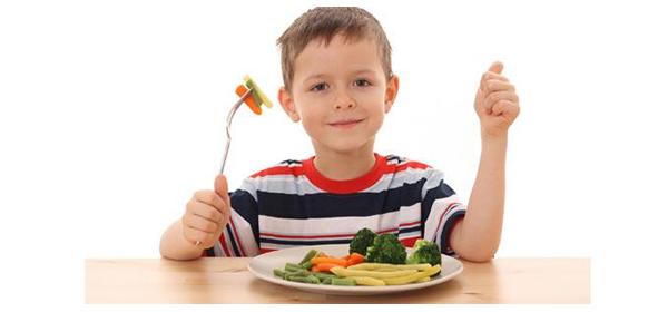 Cómo lograr buenos hábitos en la alimentación de los niños