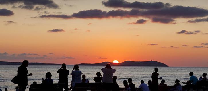 Atardecer ocaso puesta sol variades 725 x 320