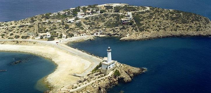 El faro de una isla que acabó uniéndose a tierra